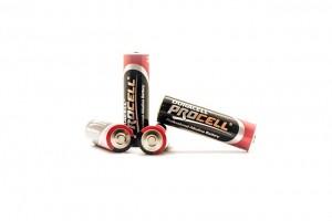 batteries-789879_640
